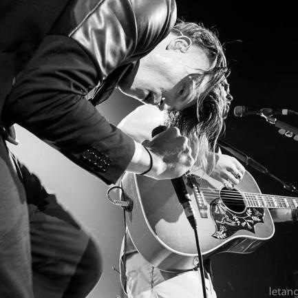 kin guitarist 2